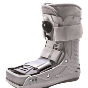 Stabilizator-sztywny-na-goleń-i-stopę-MDH-AIR-WALKING-BOOT-01